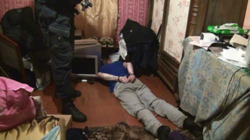 В Алма-Ате силовики уничтожили лабораторию, производившую синтетические наркотики