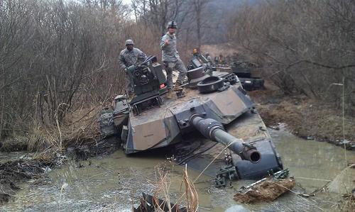 Западная пресса: Превосходство в численности танков не дает РФ преимущества над США