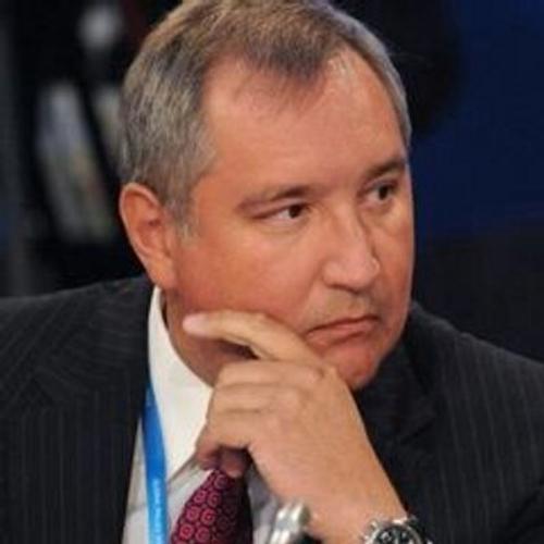 Рогозин предложил два варианта раскраски космических кораблей: гжелью и хохломой, изображением гербов городов Золотого кольца