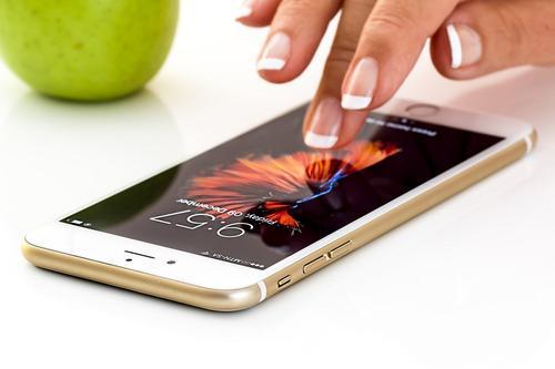 ФАС признала: компания Apple злоупотребляла положением на рынке распространения приложений