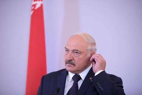 Политолог заявил о страхе Лукашенко быть казненным оппозицией за захват власти