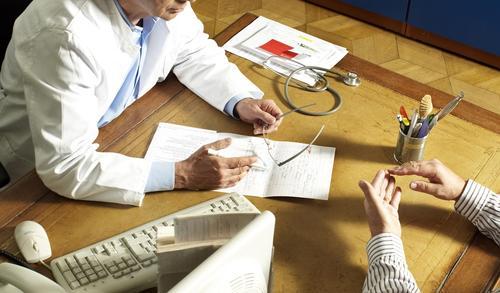 Доктор Мясников рассказал о неочевидном симптоме, говорящем о возможном раке