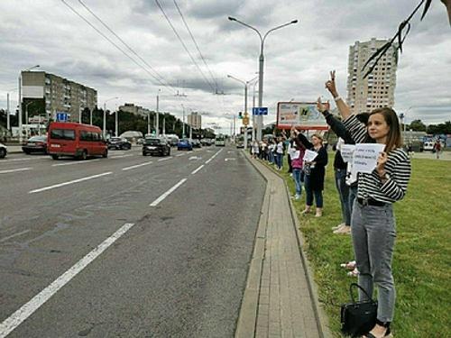 Учительница из Белоруссии рассказала, почему сегодня уволилась из школы