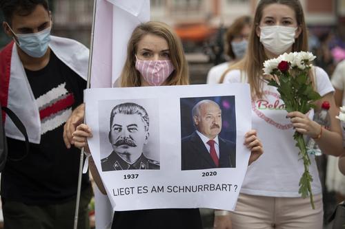 Политолог предсказал возможное истребление оппозиционеров режимом Лукашенко