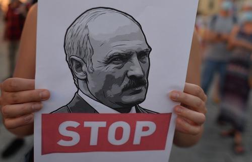 Главред NEXTA пообещал Лукашенко партизанскую войну в случае подавления протестов