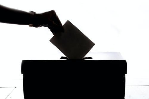 Премьер-министр Чехии уверен, что в Белоруссии необходимо провести повторные выборы