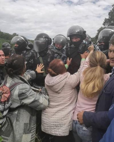 Бизнес и чиновники против народа. В Башкирии ЧОПовцы содовой компании разгромили лагерь защитников Куштау