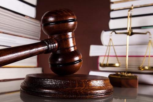 Кировского адвоката просят проверить и лишить статуса