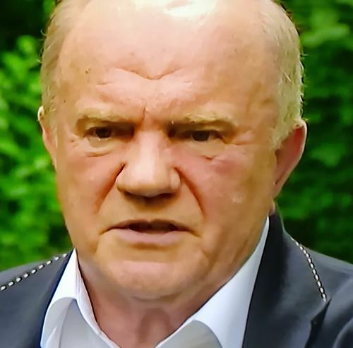 Зюганов считает, что Белоруссии срочно нужен