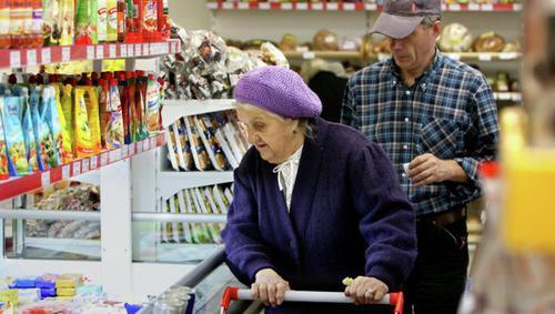 Недельные расходы россиян резко выросли