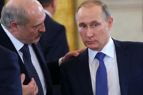 Лукашенко попросил Путина передать Меркель просьбу не вмешиваться в дела Белоруссии
