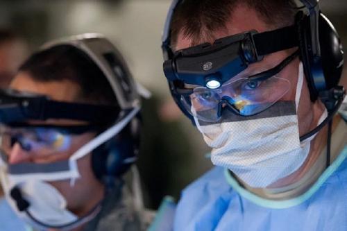 Японские инфекционисты предупредили о третьей и четвёртой волнах коронавируса