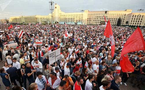 Совет Парламентского Собрания Союза Беларуси и России наконец-то определился и признал выборы Лукашенко легитимными