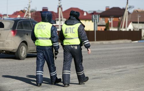 В ГИБДД объяснили правила регистрации автомобилей в МФЦ