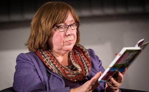 Писательница Светлана Алексиевич вызвана в СК Белоруссии