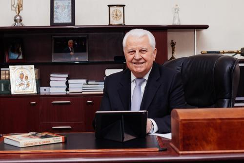 Кравчук заявил, что бывшее руководство Украины виновато в начале войны в Донбассе и потере Крыма