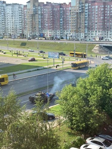 В Минске несколько тысяч протестующих подошли к резиденции Лукашенко