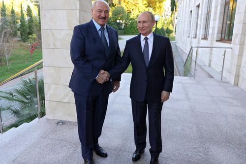 Белорусская оппозиция считает, что Путин «послал сигнал о слабости Лукашенко»