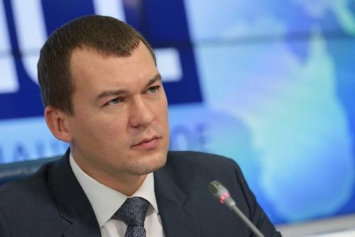 Дегтярев устроил разбор полетов за работу чиновников во время паводка в Хабаровском крае