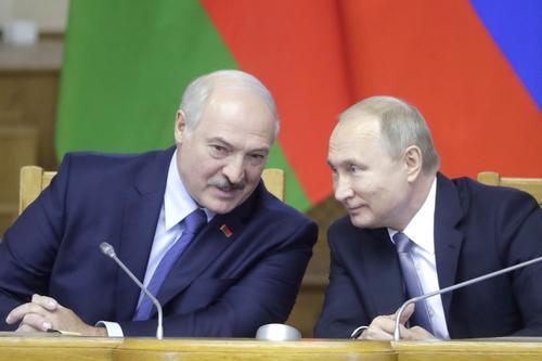 Союзное государство? Лукашенко пообещал вместе с Путиным «сохранить общее Отечество от Бреста до Владивостока»