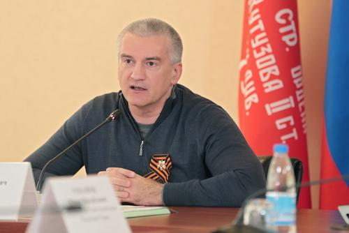Аксенов назвал курортный сезон в Крыму состоявшимся