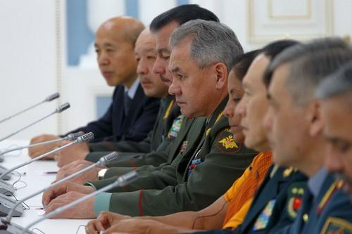 В Кубинке прошла встреча министров обороны стран ШОС, СНГ и ОДКБ