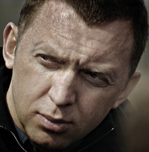 Дерипаска пожелал Навальному выздоровления и надеется на встречу с ним в суде