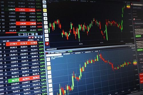 Эксперты назвали признаки, характеризующие приближение экономического кризиса в мире
