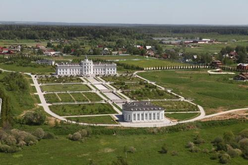 Владелец «Дворца Миллера» засекречен с помощью «матрёшки»