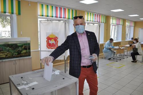 Сергей Обертас подвел итоги первого дня голосования