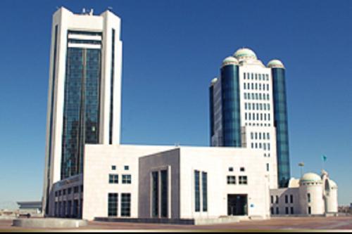 Казахстанские коммунисты предлагают простить кредиты добросовестным плательщикам
