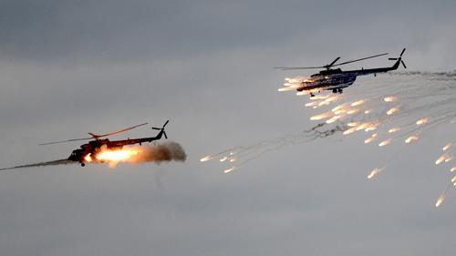 В РФ предложили разрешить предупредительный огонь авиации по нарушителям морских границ