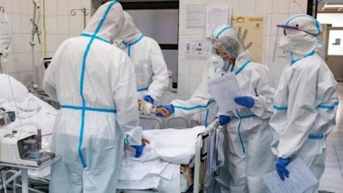 В Крым прибыли  медики  из других регионов страны, чтобы помогать бороться с коронавирусом