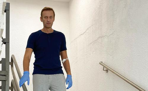 Навальный написал в сети, как проходит его восстановление в немецкой клинике