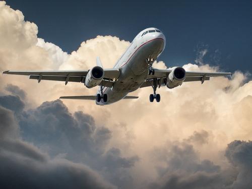 Две российские авиакомпании объявили распродажу билетов на рейсы до 31 мая 2021 года
