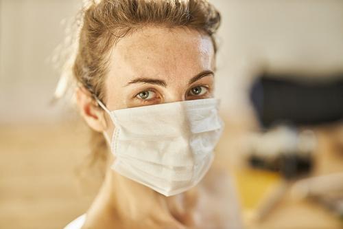В России за сутки 144 человек умерли от коронавируса