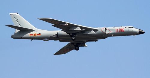 Китайские бомбардировщики имитировали ядерный удар по американской базе на острове Гуам