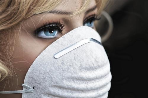 В Санкт-Петербурге продлили  ограничения в связи с коронавирусом