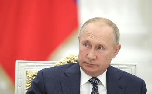 Депутат Панина оценила выдвижение Путина на Нобелевскую премию мира