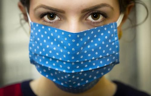 За сутки коронавирусом заразилось больше 300 тысяч