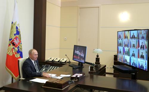 Путин: Губернаторы несут ответственность за защиту жизни и здоровья граждан в регионах