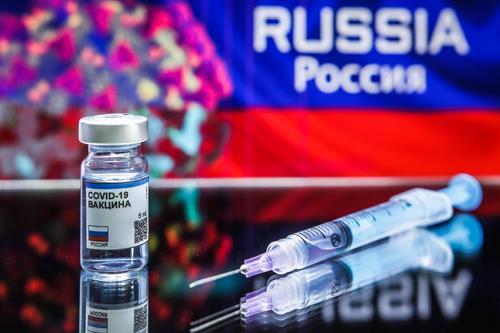 Посольство РФ в США о критике в сторону вакцины: «Боритесь с COVID-19, а не с российскими вакцинами»