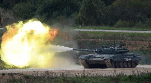 Танки Т-90А отработали действия в обороне на учениях «Кавказ-2020»