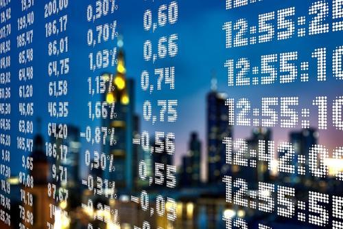 Доллар и евро обновляют максимальные значения