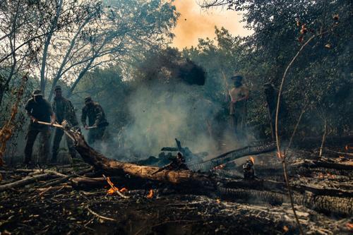 Из-за обстрела со стороны ВСУ в пригороде Горловки загорелись 15 домов