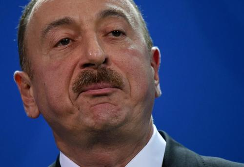 В Баку заявили об успешном наступлении азербайджанцев в Карабахе