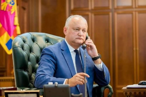 Додон прошел регистрацию кандидата на пост президента Молдавии