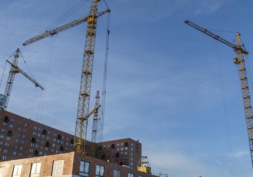 Рабочий погиб при обрушении котлована на стройке в Москве