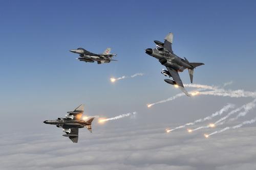 Боевыми действиями ВВС Азербайджана руководят турецкие командиры