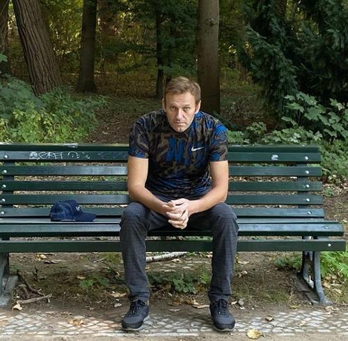 Токсиколог Сабаев: Навальный выглядит «очень хорошо» после «химической травмы»